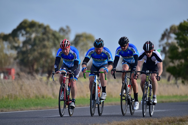 Rob Monk, Brett Kennedy and Justin Gravett in the Drouin Cycles kit.